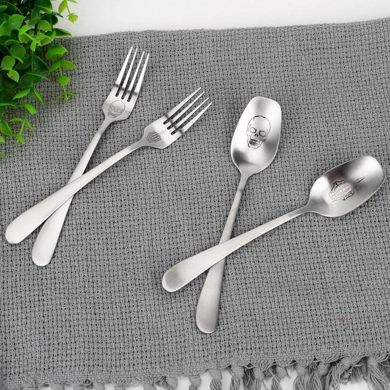 Skull Cutlery Set